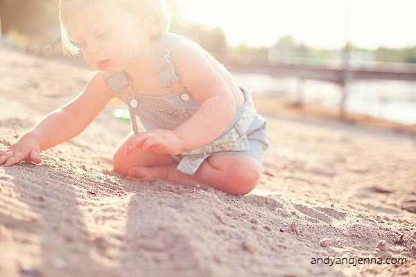5 Tips For Photographing One Year Olds By Jenna Stoller