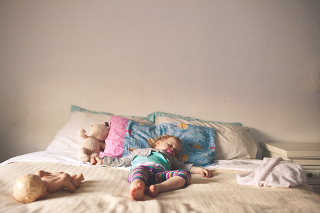 tutorial on taking pictures of sleeping kids