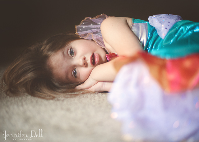 getting children's attention when photographing them
