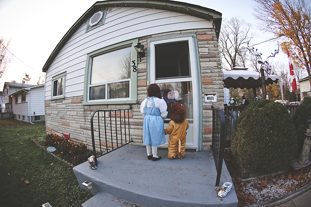 Wizard of Oz Halloween Costume and dress up by Heather mynamewastaken