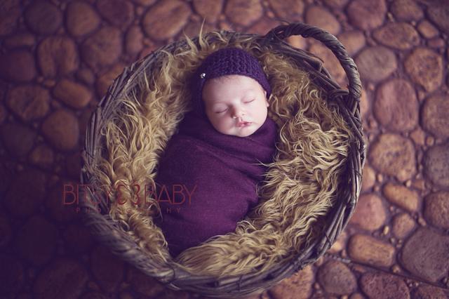 photographing newborns tips