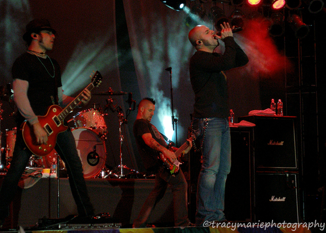 concert photography tips for photographers by Tracy Ritter