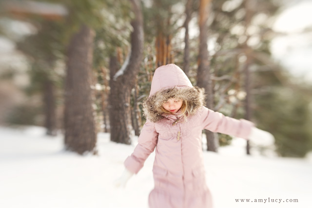 lensbaby and snow portraiture by Amy Lucy Lockheart
