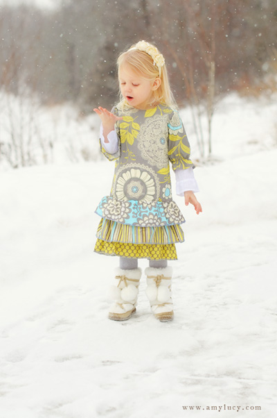 safety when photography children in the snow by Amy Lucy Lockheart
