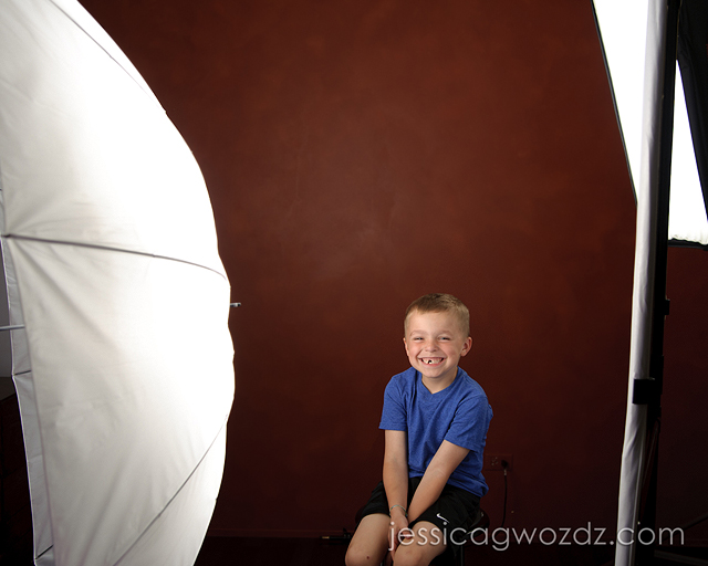 softbox vs umbrella vs beauty dish by Jessica Gwozdz