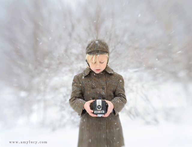 using a lensbaby with snow portraits by Amy Lucy Lockheart