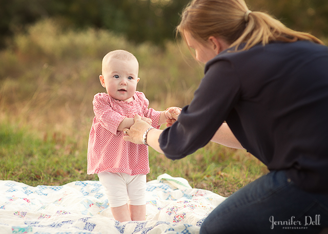 learn how to pose babies during a photography session by Jennifer Dell