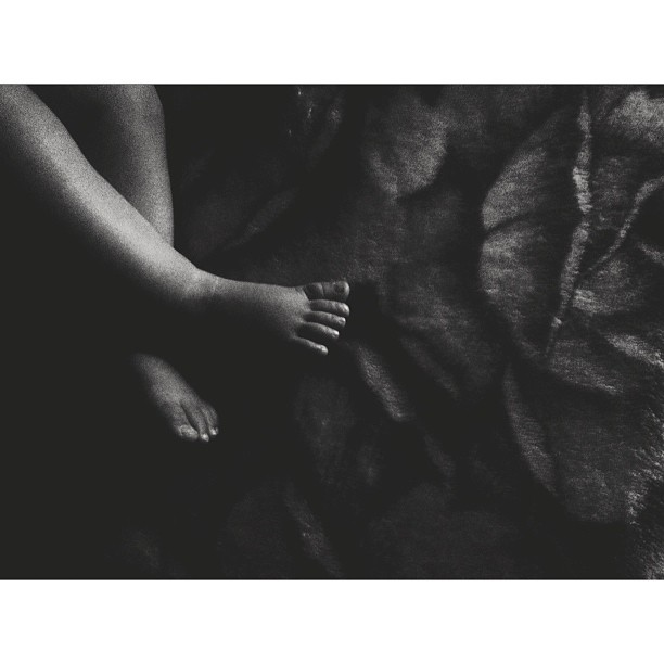 baby toes in black and white instagram picture by sillover