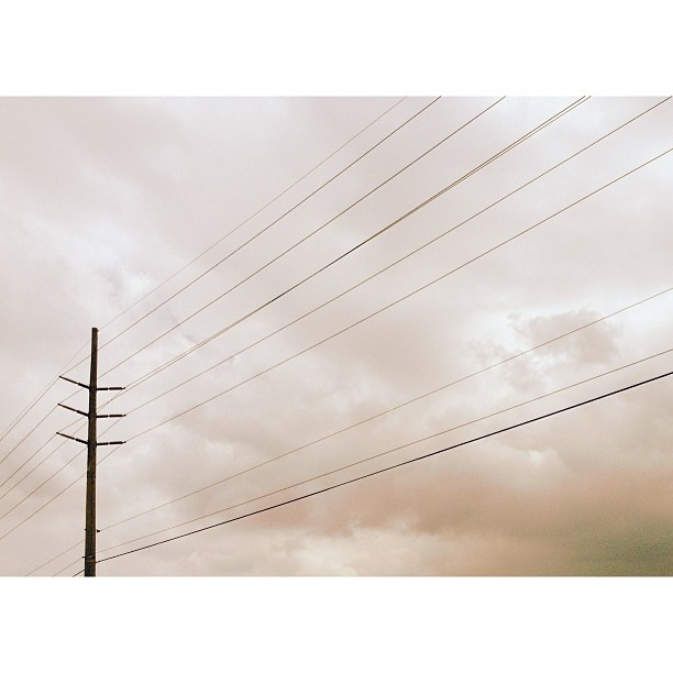 sky and electric lines instagram picture by johanna_mariel