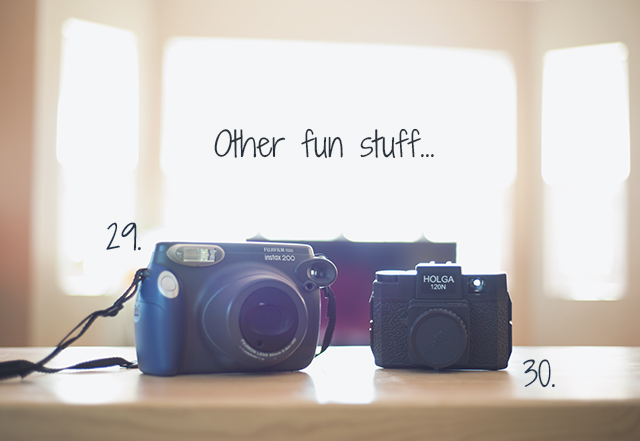 a peek inside the camera bag and office of Allison Zercher of Snippets from Suburbia 6