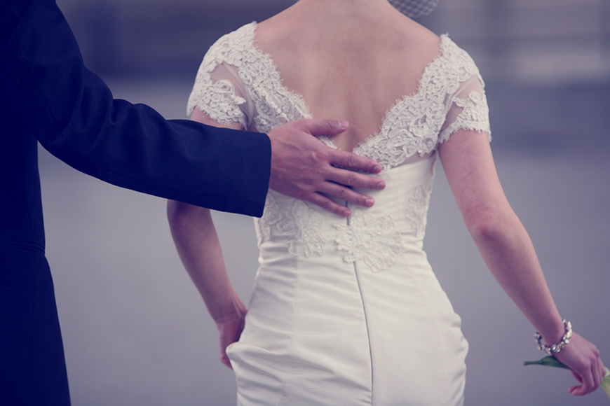 photograph-the-detail-of-a-couple-on-their-wedding-day-by-Jen-Bebb