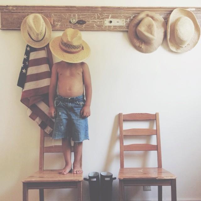 boy wearing hat instagram pic by carlyjeans