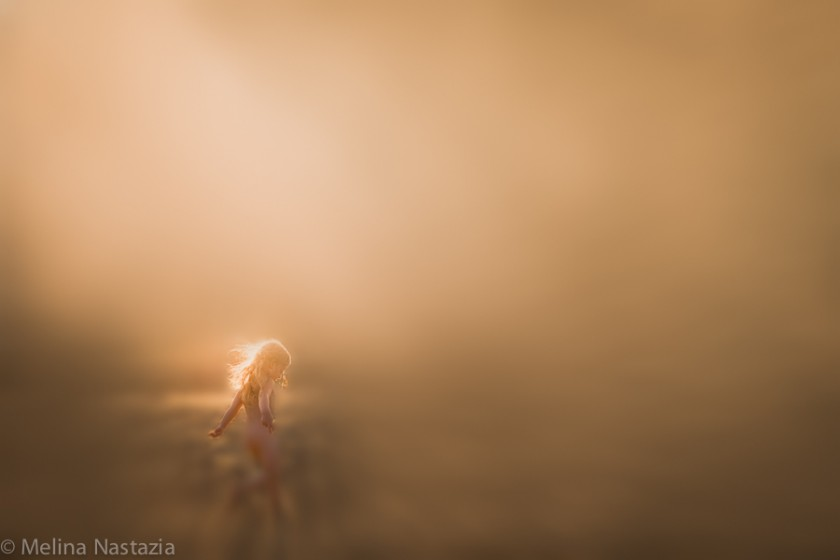 Golden-Light-and-Blur-by-Melina-Nastazia
