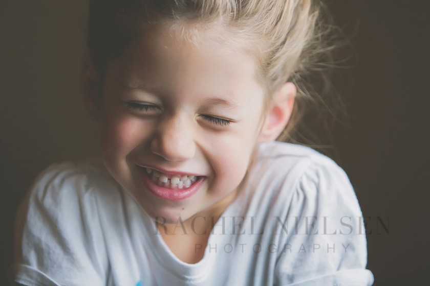 girl laughing pic by Salt Lake City Utah photographer Rachel Nielsen