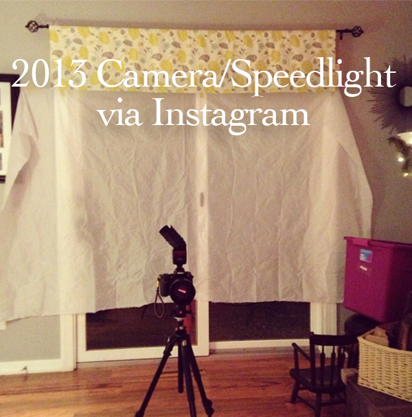 lighting set up for Christmas morning pictures by Melissa Stottmann