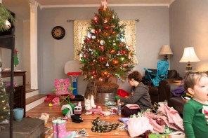 The hands free way to photograph your Christmas, part 2