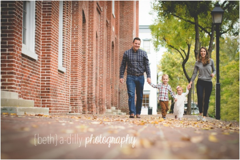 outdoor family portrait by Beth Deschamp