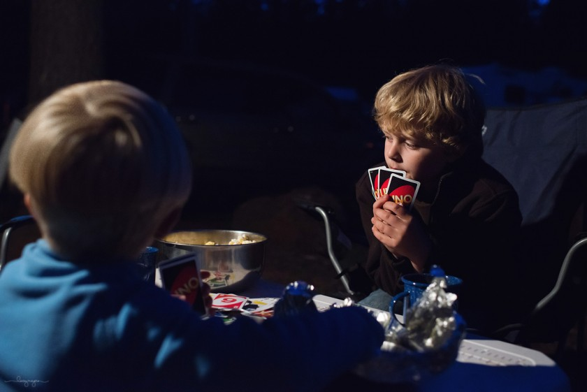 kids playing uno by Lacey Meyers