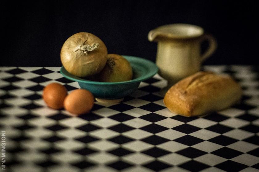table of food by Nina Mingioni