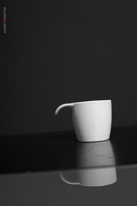 tilted-coffee-cup-design-by-ilaria-cossettini