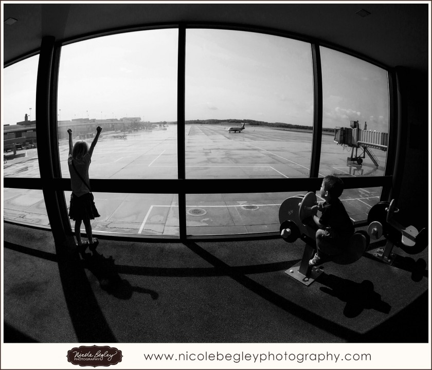 black and white wide angle photo by Nicole Begley