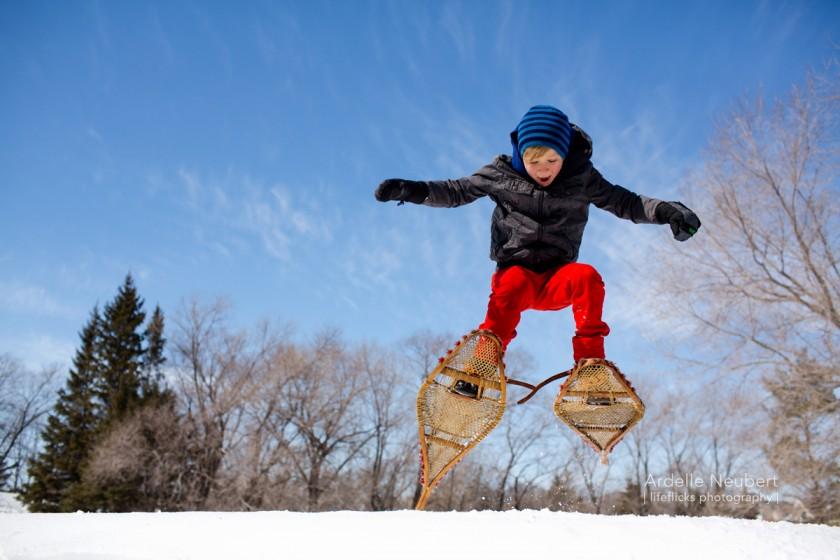 boy skiing by Ardelle Neubert of Lifeflicks Photography