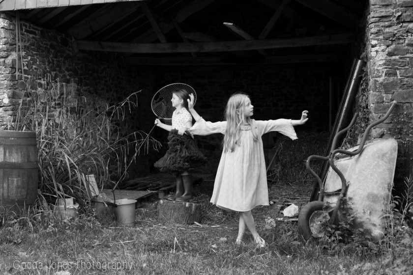girl dancing by Thea Courtney of Cocoa Jones Photography