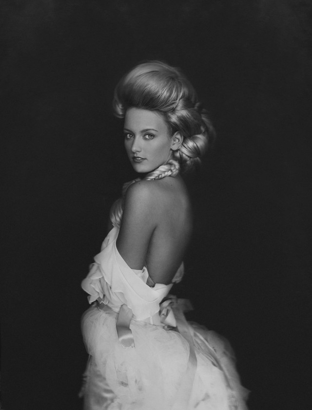 black and white glamour portrait of woman by Sue Bryce
