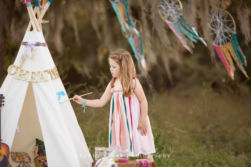 free spirited artist themed child photoshoot by Shalonda Chaddock of Chubby Cheek Photography