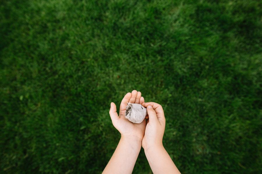 photo of a kids hands by Jo Lien