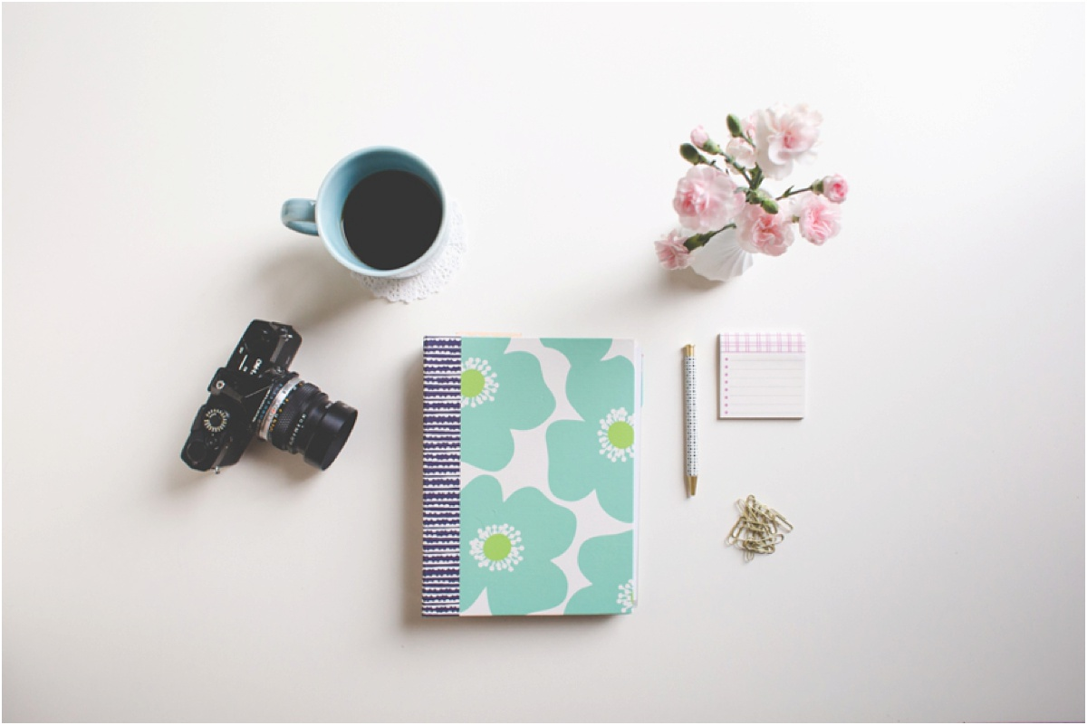desk supplies of photographer Brittany Chandler