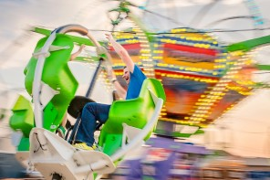 Do's and Don'ts of Successful Family Photos at the Fair