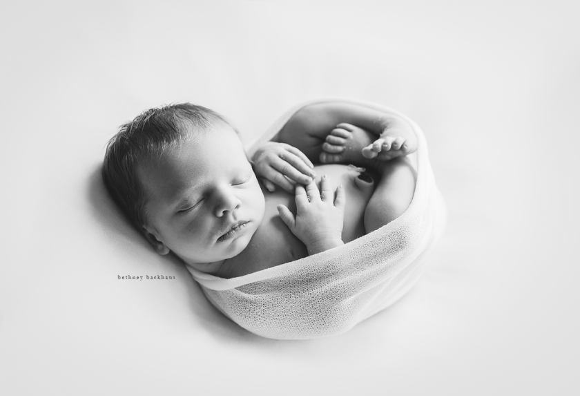 newborn picture and interview with photographers Bethney Backhaus