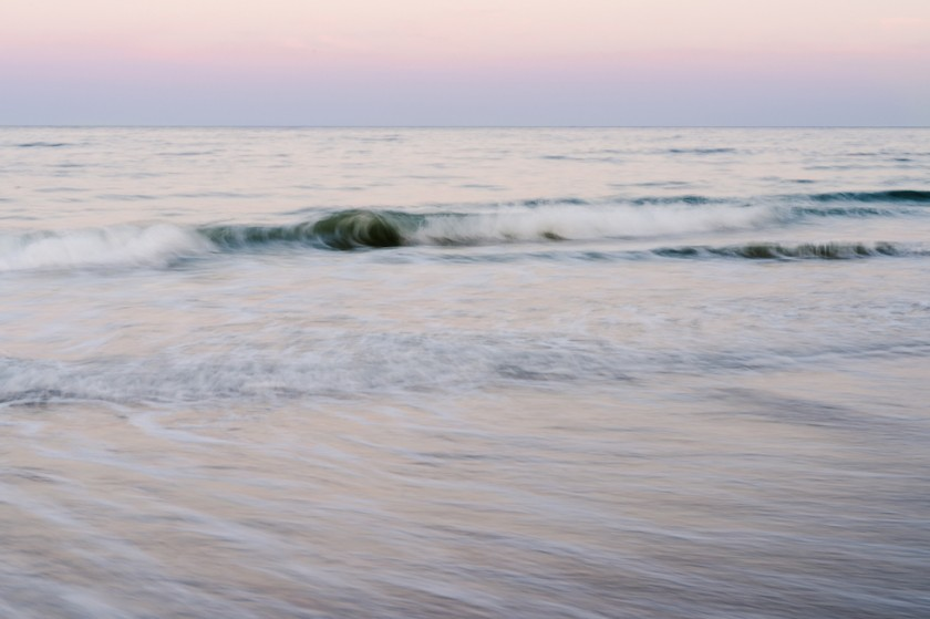 Motion-Blur-of-Ocean-Waves-Using-Slow-Shutter-Speed-by-Clickin-Moms-Member-lroyrose