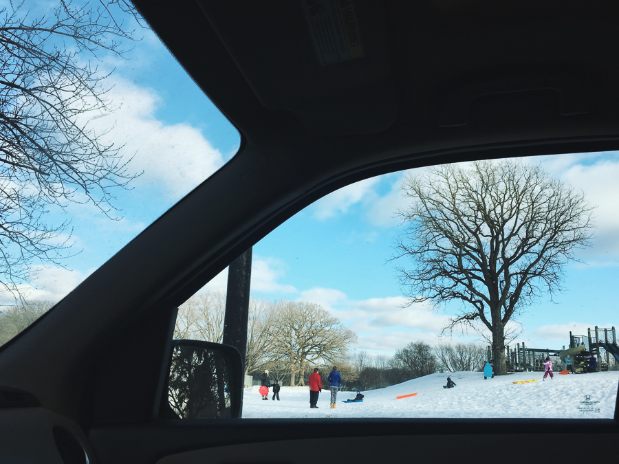 Beautiful-Compositional-Framing-and-Wide-Field-of-View-on-Snowy-Play-Scene-by-Erica-Caligiuri