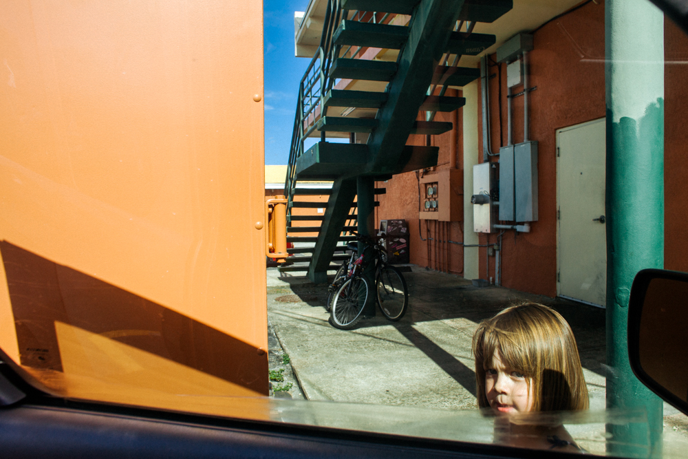 colorful-striking-and-edgy-urban-documentary-environmental-portrait-by-photographer-lauren-mitchell