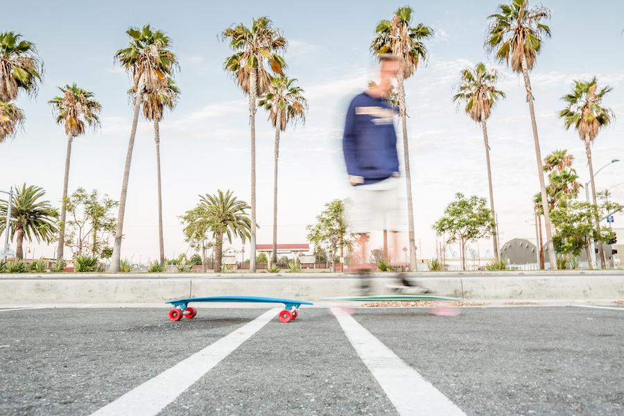 fantastically-creative-environmental-portrait-with-motion-blur-against-the-backdrop-of-california-by-photographer-ute-reckhorn