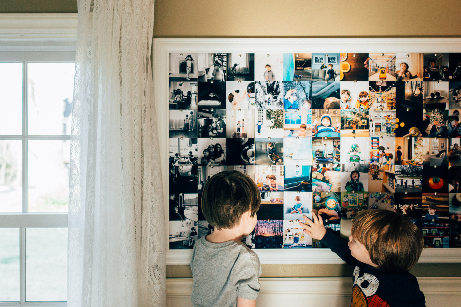 how to display photos on a bulletin board by Andrea Moffatt