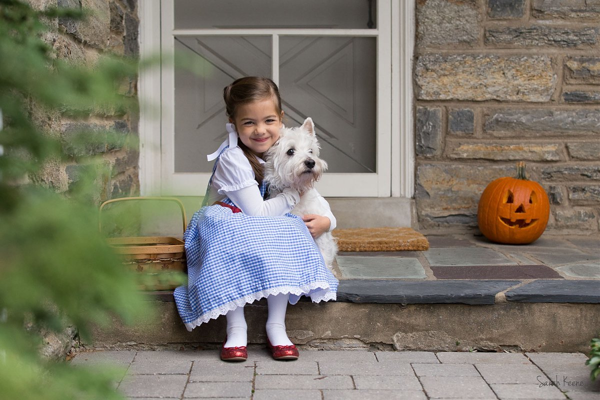 picture of Dorothy and Toto by Sarah Keene
