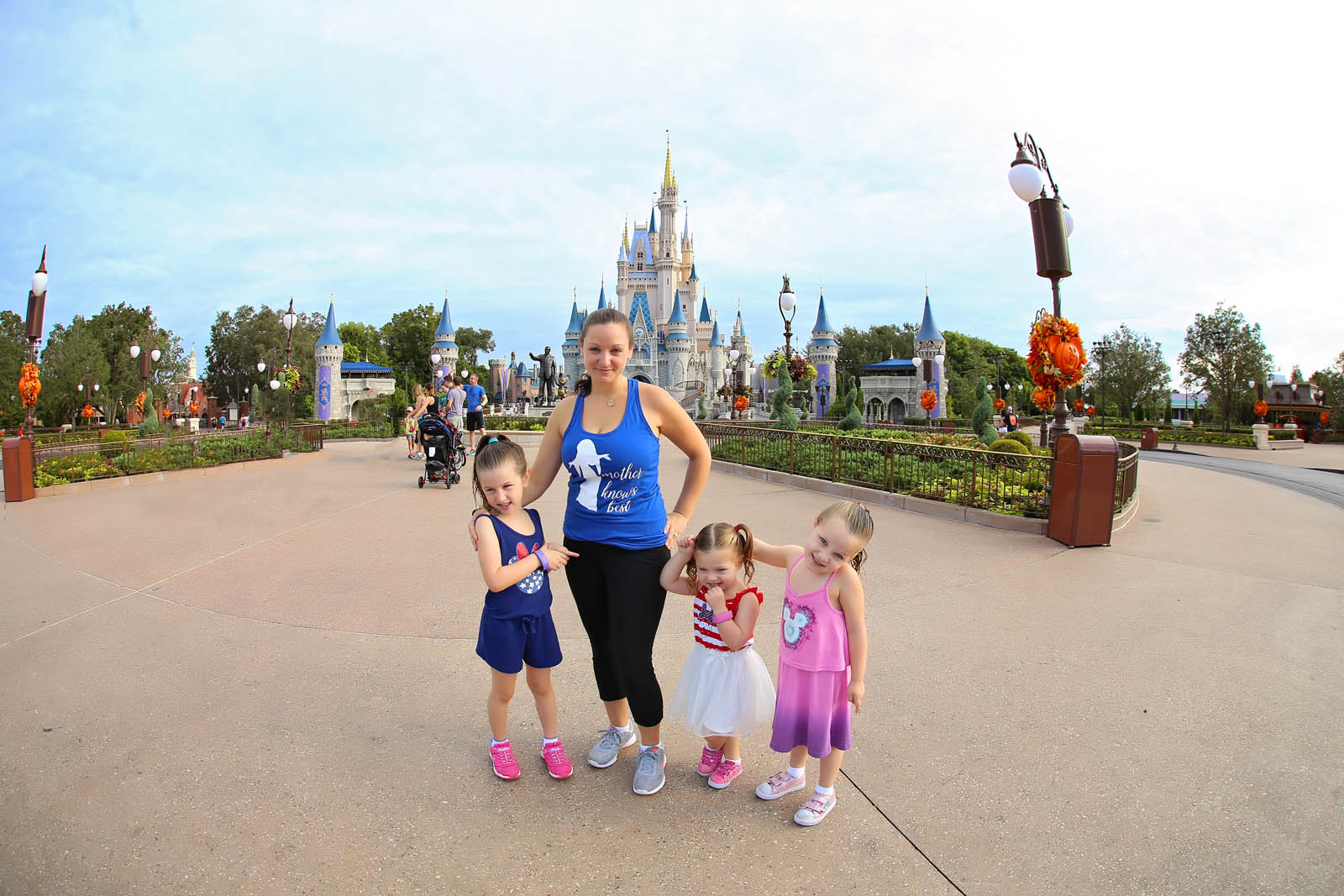 picture of mom with kids at Disney World