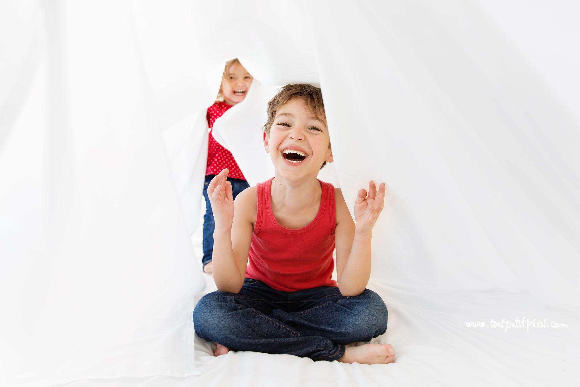capturing joy online workshop with Lisa Tichane through Clickin Moms