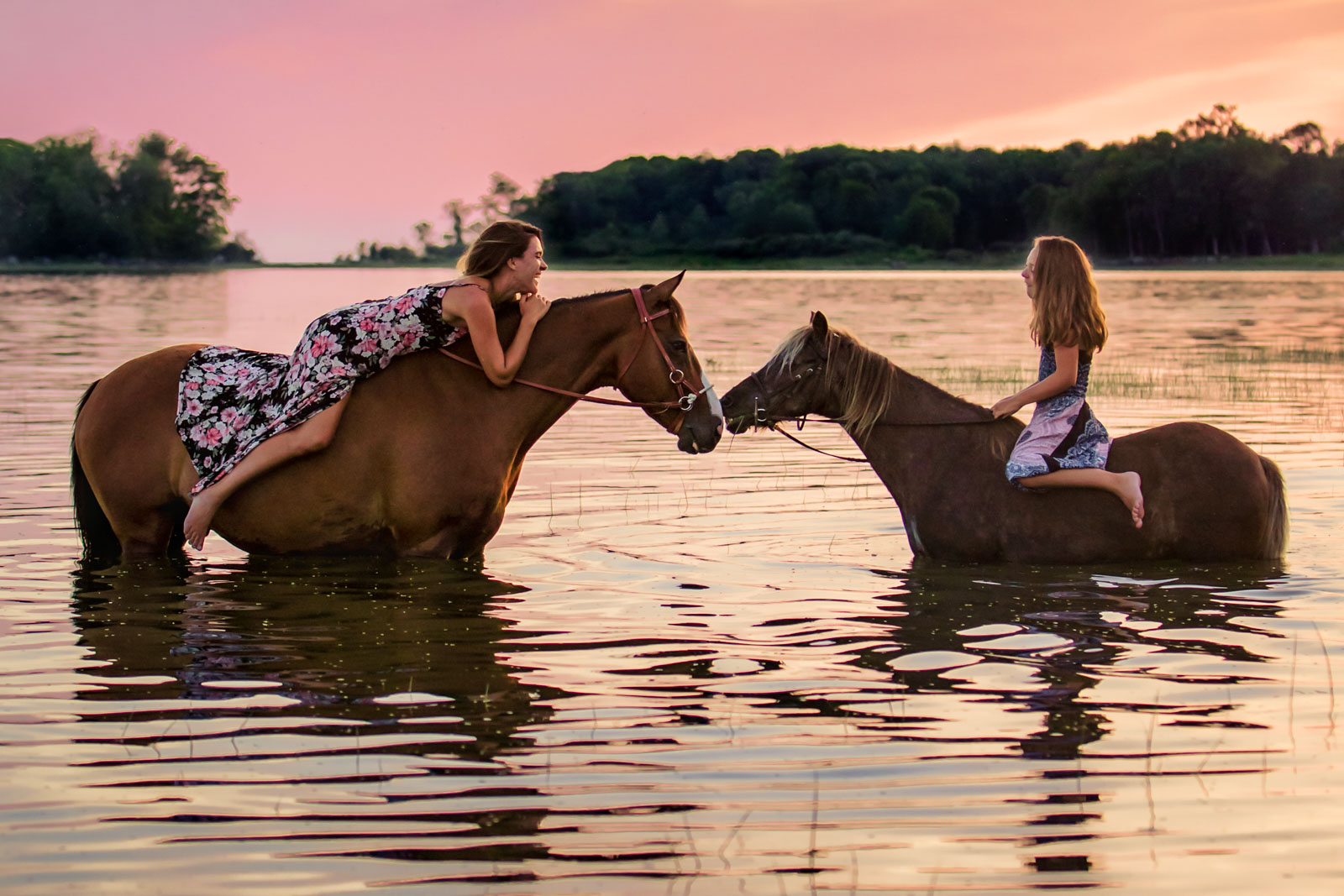 Mother Daughter Horse Riding River Sunset Dusk Annick Paradis Photographe Quebec Clickin Moms Blog Helping You Take Better Pictures One Day At A Time