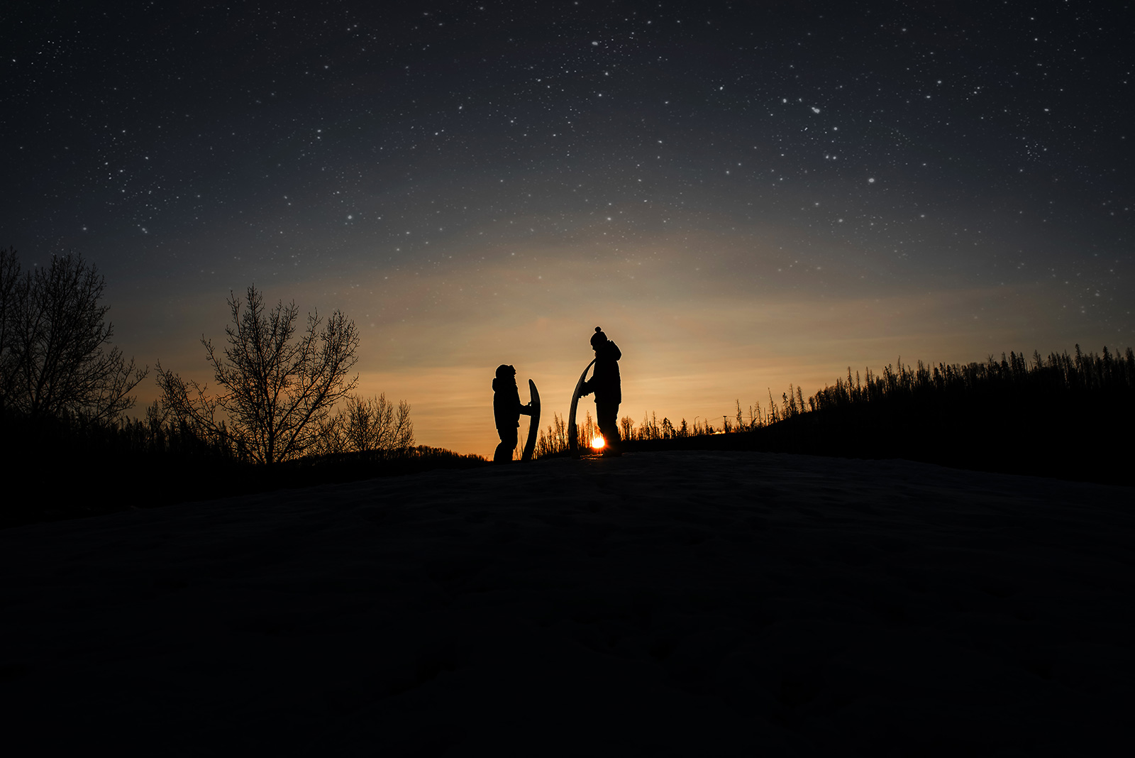 children-silhouette-starry-sky-night-Melissa-Richard1