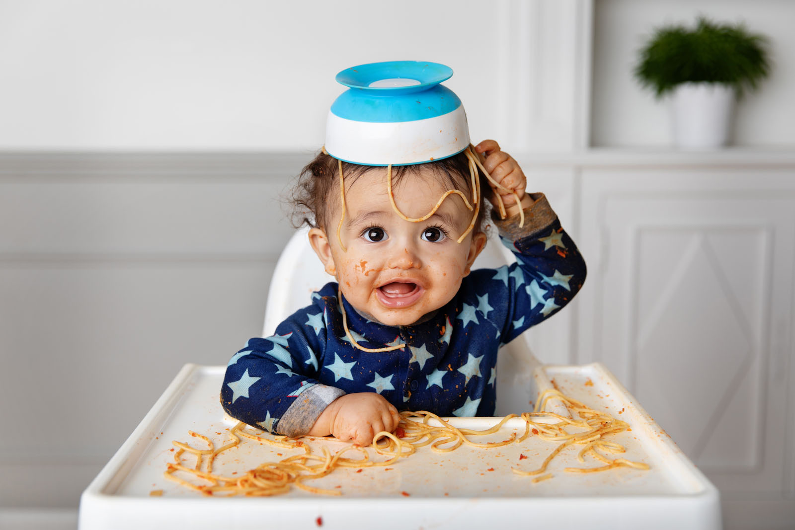 messy-toddler-with-spaghetti-on-head-lisa-tichane