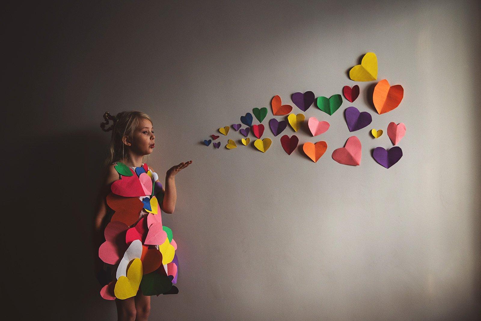 Melinda McIntyre-girl-standingy-heart-wall-art_mtothe3