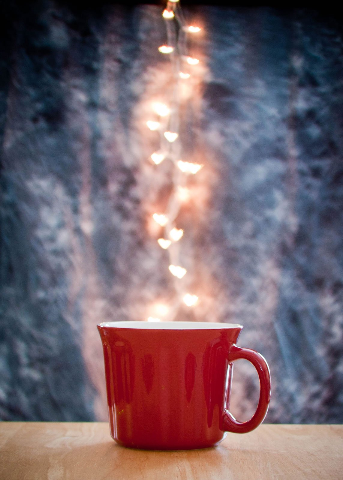 Tina_steamy-mug-with-heart-bokeh-tina_g