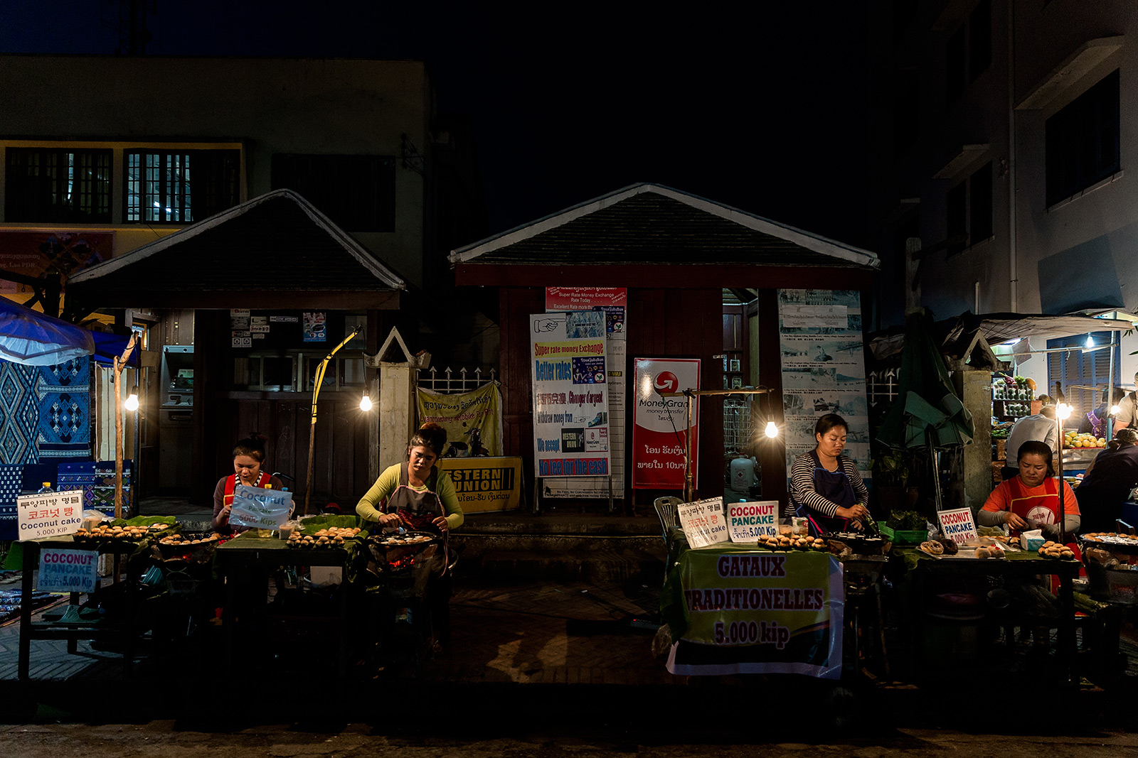 street-market-lao-street-photography