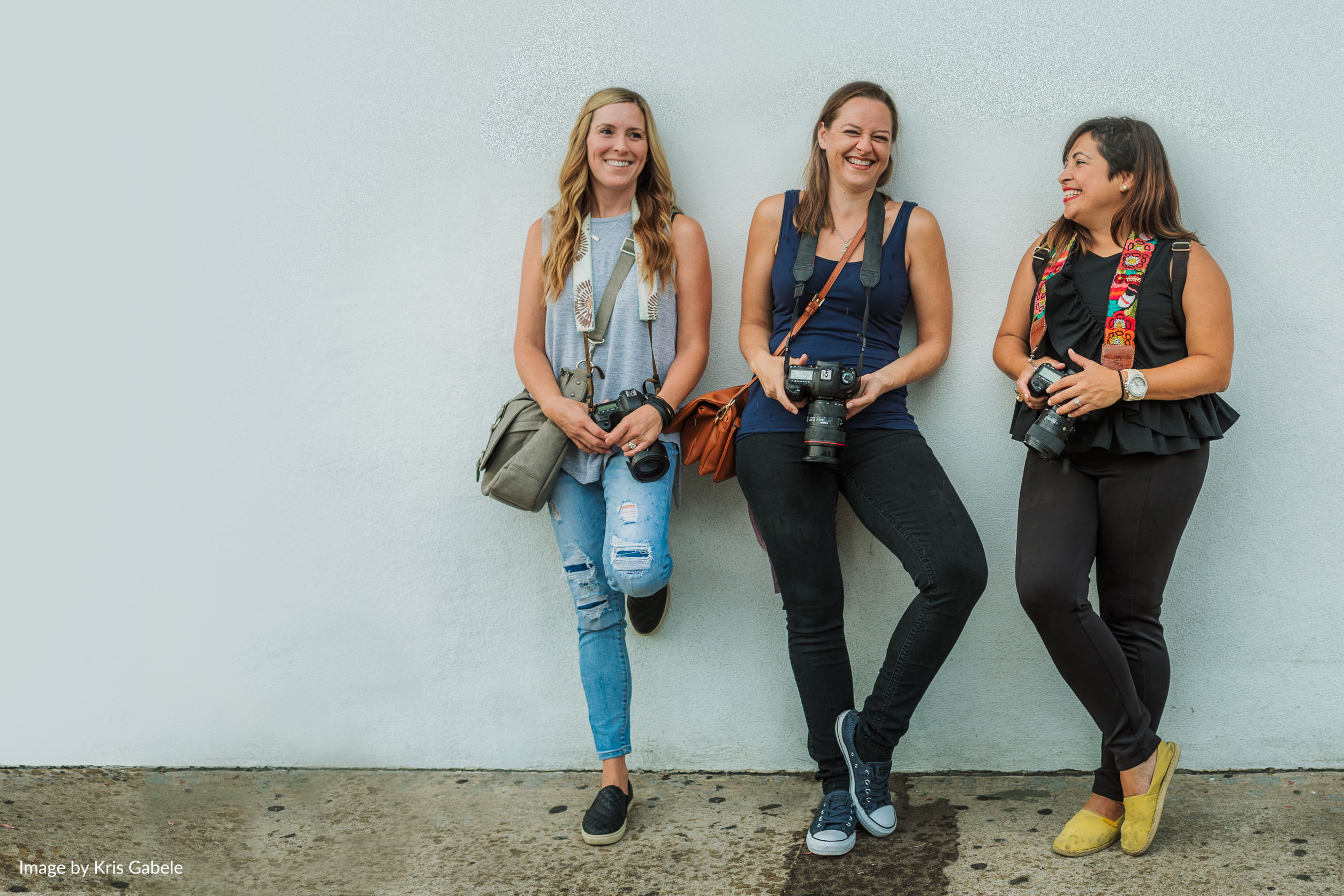 three women with cameras clickin moms membership mothers day gift guide