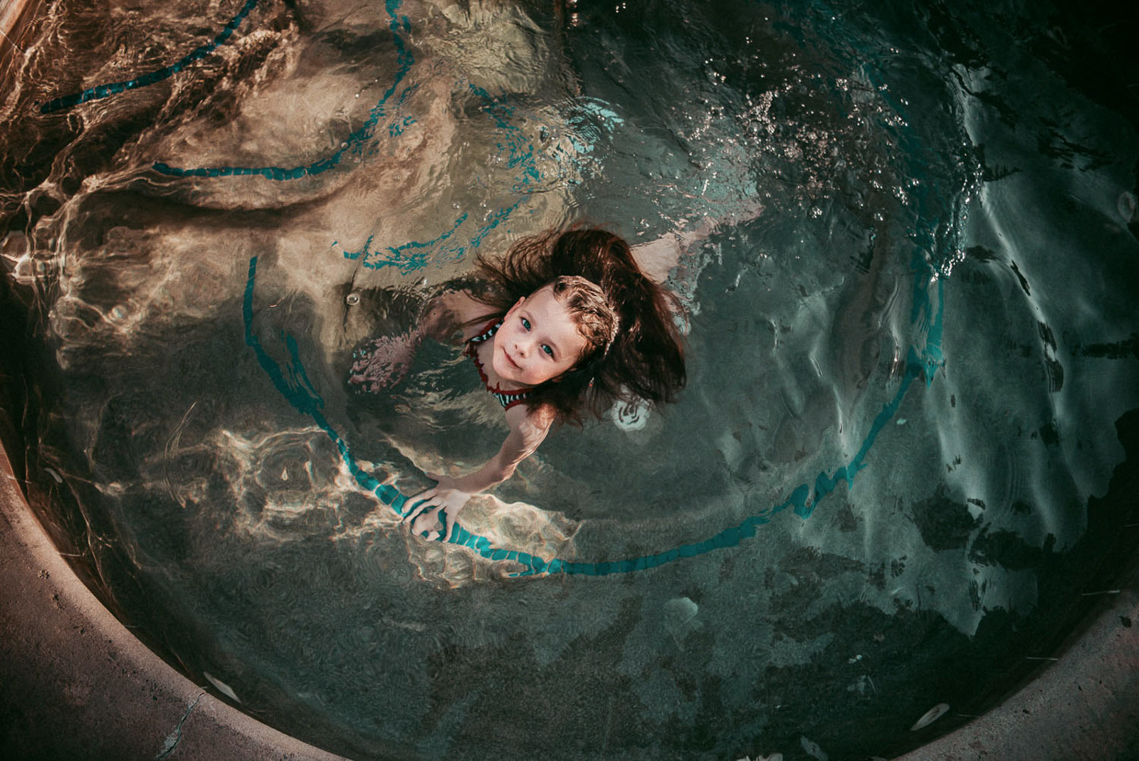 how-to-speed-up-workflow-girl in water looking up at camera by-Olga Levien-1